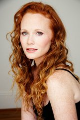 Actor Raelee Hill