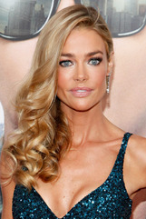Actor Denise Richards