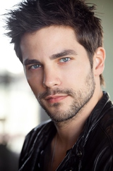 Actor Brant Daugherty