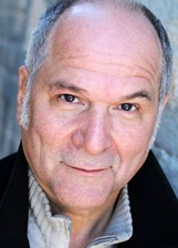 Actor John Kapelos