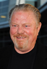 Actor William Lucking