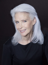 Actor Nancy Ozelli