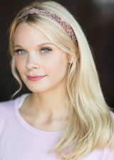 Actor Annabelle Borke