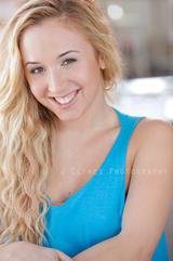 Actor Samantha Suzanne Sweed
