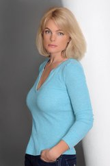 Actor Erika Eleniak
