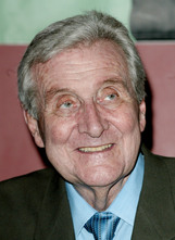 Actor Patrick Macnee