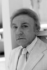 Actor Henry Gibson