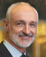 Actor Michael Gross