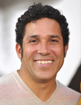 Actor Oscar Nuñez