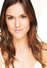 Actor Erinn Hayes