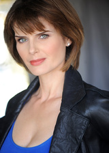 Actor Carrie Genzel