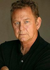Actor Ernie Lively