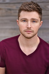 Actor Sterling Knight