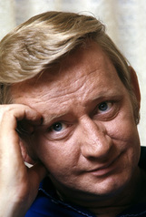 Actor Dave Madden