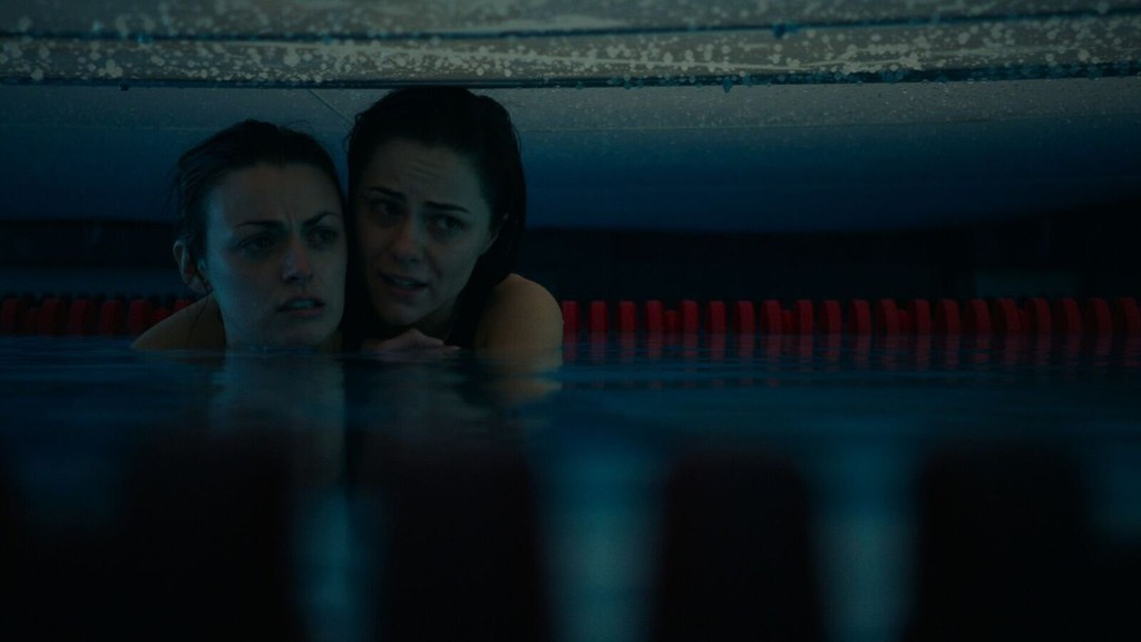 12 feet deep movie online with english subtitles